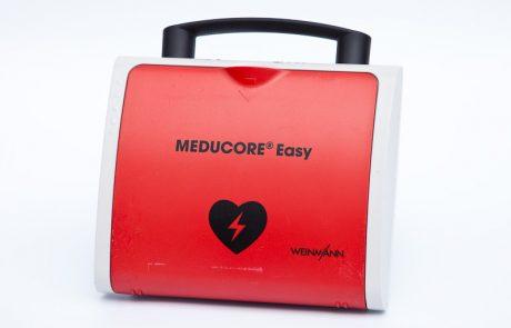 Automatisierter-Externer-Defibrilator