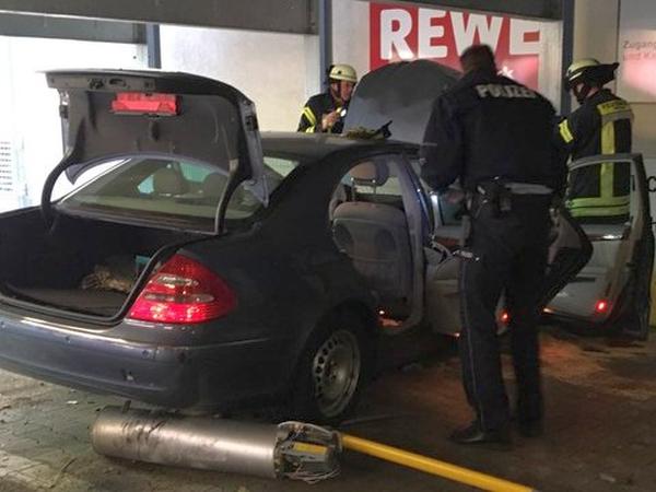 Verkehrsunfall Konigshof Galerie Feuerwehr Mettmann